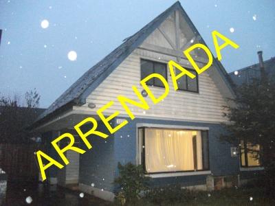 Arriendo de Casa  en Valdivia, sector El Bosque, Valor 330.000