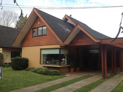 Venta de Casa  en Valdivia, sector Isla Teja, Valor 145.000.000