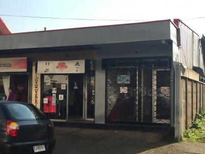 Arriendo de Local Comercial  en Valdivia, sector Centro, Valor 13 UF