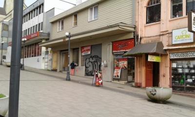 Venta de Local Comercial  en Valdivia, sector Centro, Valor $15.000.000