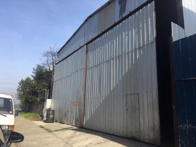 Arriendo de Terreno Comercial con Galpones  en Valdivia, sector Las Ánimas, Valor $ 400.000